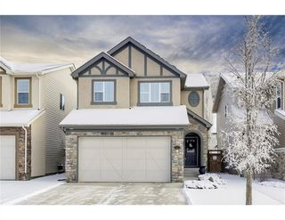 Photo 1: 36 ASPEN HILLS Close SW in Calgary: Aspen Woods Detached for sale : MLS®# C4223574