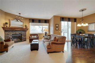 Photo 3: 36 ASPEN HILLS Close SW in Calgary: Aspen Woods Detached for sale : MLS®# C4223574