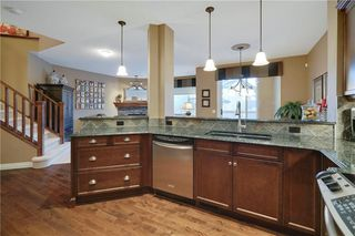 Photo 8: 36 ASPEN HILLS Close SW in Calgary: Aspen Woods Detached for sale : MLS®# C4223574