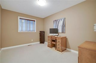 Photo 19: 36 ASPEN HILLS Close SW in Calgary: Aspen Woods Detached for sale : MLS®# C4223574