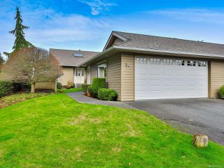 Photo 1: 30 529 Johnstone Rd in FRENCH CREEK: PQ French Creek Row/Townhouse for sale (Parksville/Qualicum)  : MLS®# 805223
