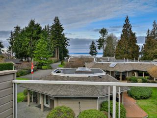 Photo 2: 30 529 Johnstone Rd in FRENCH CREEK: PQ French Creek Row/Townhouse for sale (Parksville/Qualicum)  : MLS®# 805223