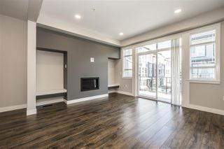 """Photo 10: 72 8413 MIDTOWN Way in Chilliwack: Chilliwack W Young-Well Townhouse for sale in """"Midtown"""" : MLS®# R2339400"""