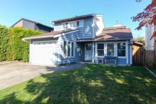 Main Photo: 2458 WAYBURNE Crescent in Langley: Willoughby Heights House for sale : MLS®# R2341053