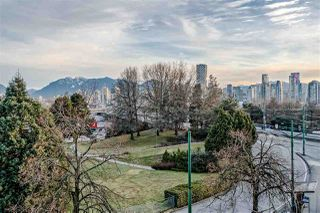 "Photo 12: 303 1529 W 6TH Avenue in Vancouver: False Creek Condo for sale in ""SOUTH GRANVILLE LOFTS"" (Vancouver West)  : MLS®# R2349958"
