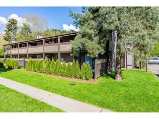 Photo 2: 126 34909 OLD YALE Road in Abbotsford: Abbotsford East Townhouse for sale : MLS®# R2360651