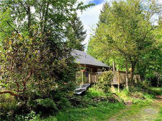 Photo 3: 2993 Robinson Road in SOOKE: Sk Otter Point Single Family Detached for sale (Sooke)  : MLS®# 411041