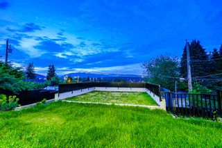 Photo 18: 7750 ELFORD Street in Burnaby: The Crest House for sale (Burnaby East)  : MLS®# R2374736