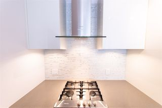 """Photo 6: 3107 1283 HOWE Street in Vancouver: Downtown VW Condo for sale in """"Tate Downtown"""" (Vancouver West)  : MLS®# R2383632"""