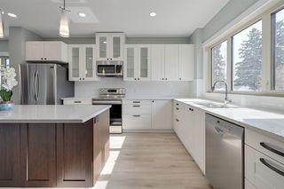 Photo 2: 14419 104 Avenue in Edmonton: Zone 21 Townhouse for sale : MLS®# E4188343