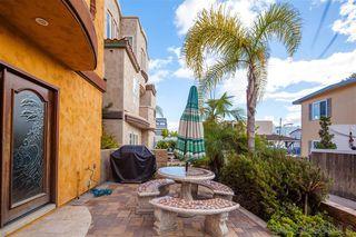 Photo 3: MISSION BEACH Condo for sale : 2 bedrooms : 752 Devon Ct in San Diego