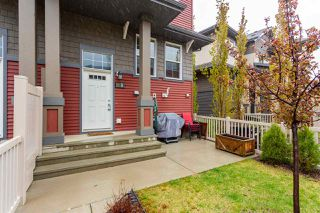 Photo 1: 8 4029 ORCHARDS Drive in Edmonton: Zone 53 Townhouse for sale : MLS®# E4198307
