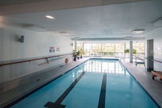 """Photo 20: 506 2800 CHESTERFIELD Avenue in North Vancouver: Upper Lonsdale Condo for sale in """"Somerset Garden"""" : MLS®# R2472780"""