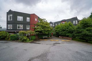 """Photo 23: 506 2800 CHESTERFIELD Avenue in North Vancouver: Upper Lonsdale Condo for sale in """"Somerset Garden"""" : MLS®# R2472780"""