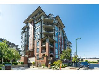 "Photo 1: 403 1581 FOSTER Street: White Rock Condo for sale in ""SUSSEX HOUSE"" (South Surrey White Rock)  : MLS®# R2474580"