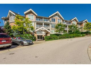 "Photo 21: 104 6420 194 Street in Surrey: Clayton Condo for sale in ""WATERSTONE"" (Cloverdale)  : MLS®# R2480446"