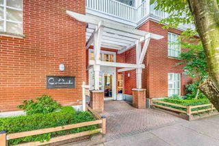 "Main Photo: 311 147 E 1ST Street in North Vancouver: Lower Lonsdale Condo for sale in ""Coronado"" : MLS®# R2482914"