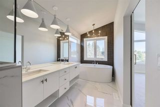 Photo 19: 10943 54 Avenue in Edmonton: Zone 15 House for sale : MLS®# E4214986
