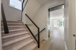 Photo 4: 10943 54 Avenue in Edmonton: Zone 15 House for sale : MLS®# E4214986