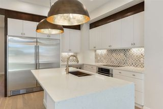 Photo 6: 10943 54 Avenue in Edmonton: Zone 15 House for sale : MLS®# E4214986