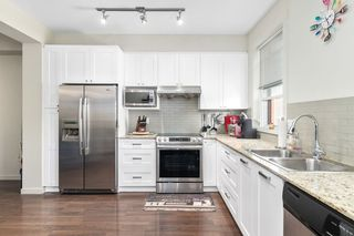 """Photo 10: 82 688 EDGAR Avenue in Coquitlam: Coquitlam West Townhouse for sale in """"GABLE"""" : MLS®# R2506502"""