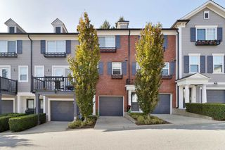 """Photo 2: 82 688 EDGAR Avenue in Coquitlam: Coquitlam West Townhouse for sale in """"GABLE"""" : MLS®# R2506502"""