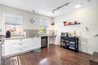 """Photo 11: 82 688 EDGAR Avenue in Coquitlam: Coquitlam West Townhouse for sale in """"GABLE"""" : MLS®# R2506502"""