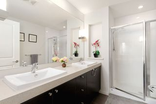 """Photo 15: 82 688 EDGAR Avenue in Coquitlam: Coquitlam West Townhouse for sale in """"GABLE"""" : MLS®# R2506502"""