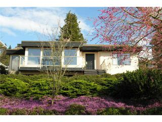 Photo 2: 7238 BRAESIDE Drive in Burnaby: Westridge BN House for sale (Burnaby North)  : MLS®# V876892