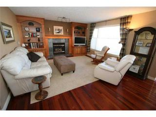 Photo 8: 223 DISCOVERY RIDGE Boulevard SW in CALGARY: Discovery Ridge Residential Detached Single Family for sale (Calgary)  : MLS®# C3469863