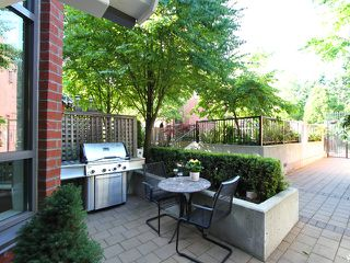 """Photo 22: 854 W 6TH Avenue in Vancouver: Fairview VW Townhouse for sale in """"BOXWOOD GREEN"""" (Vancouver West)  : MLS®# V904480"""