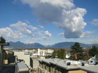 """Photo 8: 3808 COMMERCIAL DR in Vancouver: Victoria VE Townhouse for sale in """"THE BRIX"""" (Vancouver East)  : MLS®# V580891"""