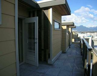 """Photo 7: 3808 COMMERCIAL DR in Vancouver: Victoria VE Townhouse for sale in """"THE BRIX"""" (Vancouver East)  : MLS®# V580891"""
