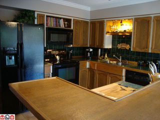 """Photo 2: 2347 MIRAUN in Abbotsford: Abbotsford East House for sale in """"MCMILAN"""" : MLS®# F1128226"""