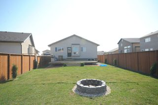 Photo 6: 83 Van Slyk Way in Winnipeg: Single Family Detached for sale (Canterbury Park)  : MLS®# 1319067