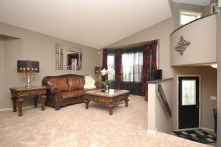 Photo 7: 83 Van Slyk Way in Winnipeg: Single Family Detached for sale (Canterbury Park)  : MLS®# 1319067