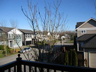 "Photo 11: 21 11060 BARNSTON VIEW Road in Pitt Meadows: South Meadows Townhouse for sale in ""COHO 1"" : MLS®# V1035715"