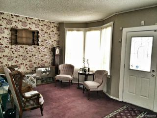Photo 2: 709 Nassau Street South in WINNIPEG: Manitoba Other Residential for sale : MLS®# 1325024