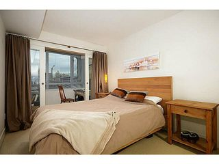 "Photo 8: 207 1680 W 4TH Avenue in Vancouver: False Creek Condo for sale in ""MANTRA"" (Vancouver West)  : MLS®# V1051197"