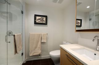 """Photo 8: 207 1680 W 4TH Avenue in Vancouver: False Creek Condo for sale in """"MANTRA"""" (Vancouver West)  : MLS®# V1051197"""