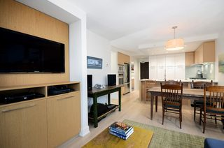 """Photo 4: 207 1680 W 4TH Avenue in Vancouver: False Creek Condo for sale in """"MANTRA"""" (Vancouver West)  : MLS®# V1051197"""