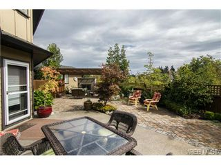 Photo 17: 4007 South Valley Dr in VICTORIA: SW Strawberry Vale House for sale (Saanich West)  : MLS®# 682353