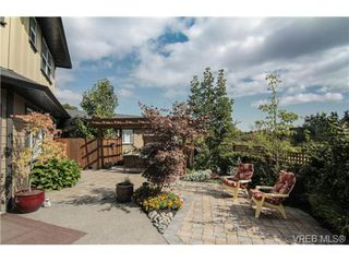 Photo 19: 4007 South Valley Dr in VICTORIA: SW Strawberry Vale House for sale (Saanich West)  : MLS®# 682353