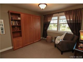 Photo 10: 4007 South Valley Dr in VICTORIA: SW Strawberry Vale House for sale (Saanich West)  : MLS®# 682353