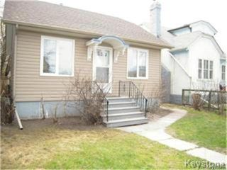 Photo 1: 404 Manitoba Avenue in WINNIPEG: North End Residential for sale (North West Winnipeg)  : MLS®# 1427269
