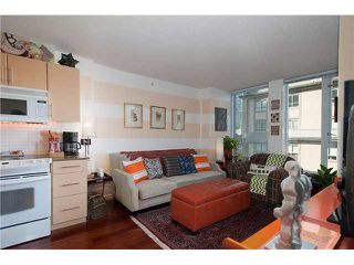 """Photo 7: 605 550 TAYLOR Street in Vancouver: Downtown VW Condo for sale in """"THE TAYLOR"""" (Vancouver West)  : MLS®# V1115432"""