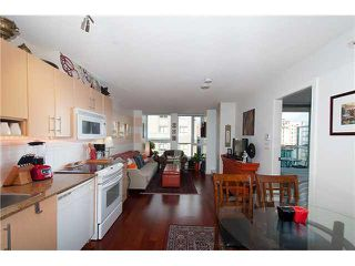 """Photo 5: 605 550 TAYLOR Street in Vancouver: Downtown VW Condo for sale in """"THE TAYLOR"""" (Vancouver West)  : MLS®# V1115432"""