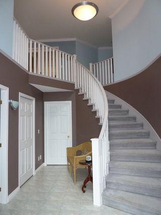 Photo 2: 1418 Regan Avenue in Coquitlam: Home for sale
