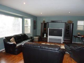 Photo 9: 1418 Regan Avenue in Coquitlam: Home for sale