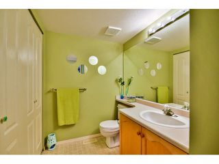"Photo 2: 4 15875 84 Avenue in Surrey: Fleetwood Tynehead Townhouse for sale in ""ABBEY ROAD"" : MLS®# F1441481"